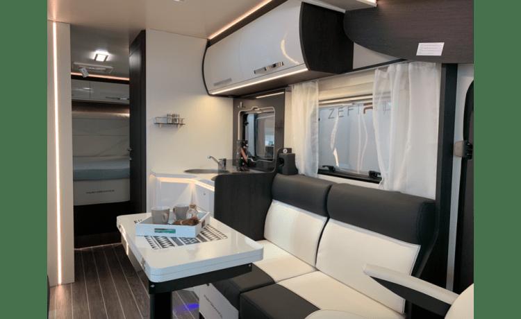 Rollerteam 267 – Luxe Automaat Mobilhome Roller Team 267TLNieuw - Huisdieren toegestaan!!