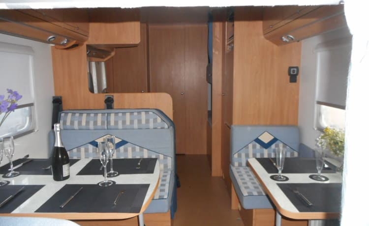 Easy Motorhome hire just turn up and go 4