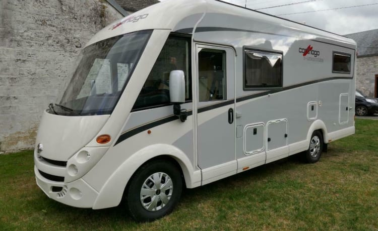 Most luxurious VIP Camper Integral 5 pers.