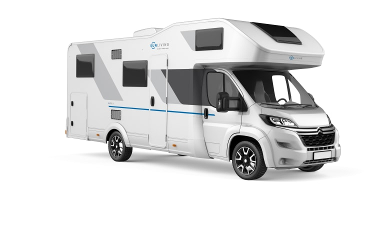 Year of construction 2021! New and luxurious 6-person alcove camper - Queen E.