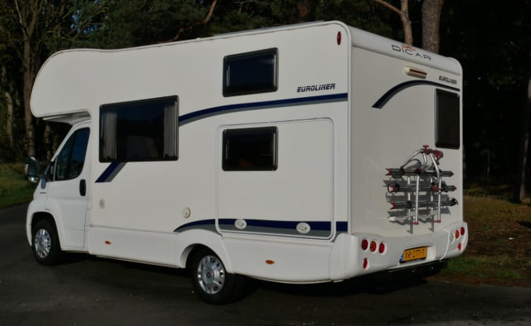 6-person family camper, alcove, Joint Euroliner