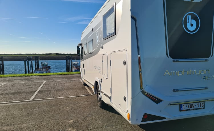 Beautiful family camper for rent