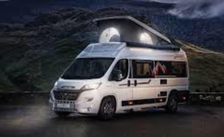Autotrail Adventure 65 met hefdak modeljaar 2021