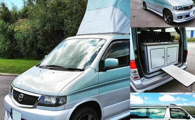 Bongo – Schitterende Mazda Bongo, 2 slaapplaatsen met hefdak
