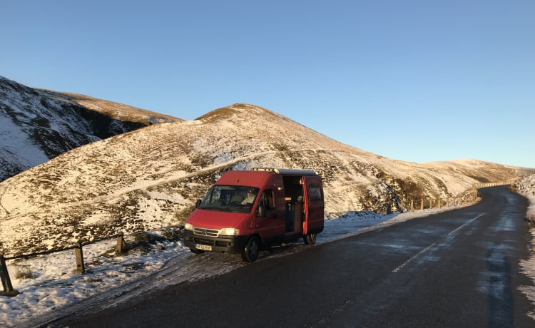 Ruby Red – Tour Scotland in Ruby Red