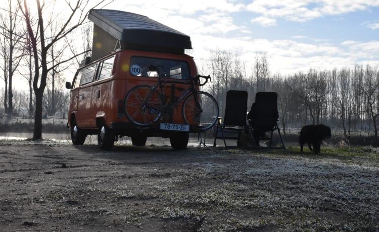 Wickie – VW hippie van - back to the 70s!