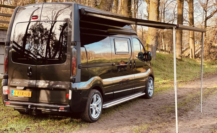 Bus camper Opel Vivaro High with Airco + Awning + WC + kitchen unit