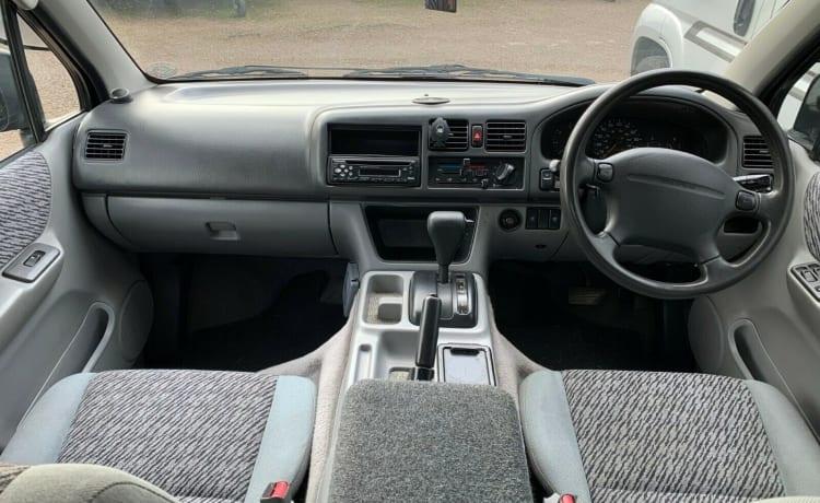 Freda – Ford Freda / Mazda Bongo -
