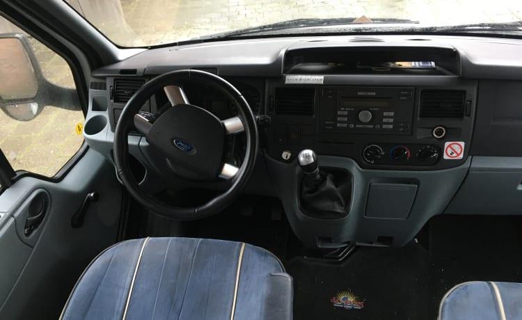Ford Carado A366