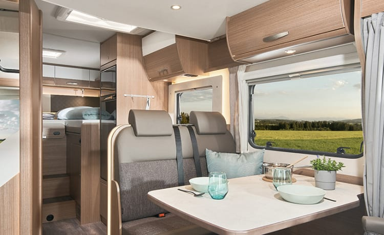 Camper 5 – Luxury Carado T448 long beds and pull-down bed
