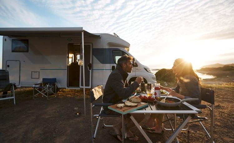 Gloednieuwe luxe en ruime 5-persoons camper - The Prince