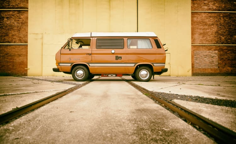 Mr. Brown – Awesome VW T3 Joker! Complete to immediately go on the road.