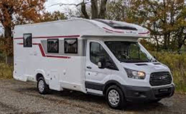 PARADISE – BRAND NEW! 2021 - Roller Team Zefiro 696 - Top Spec lots of extras