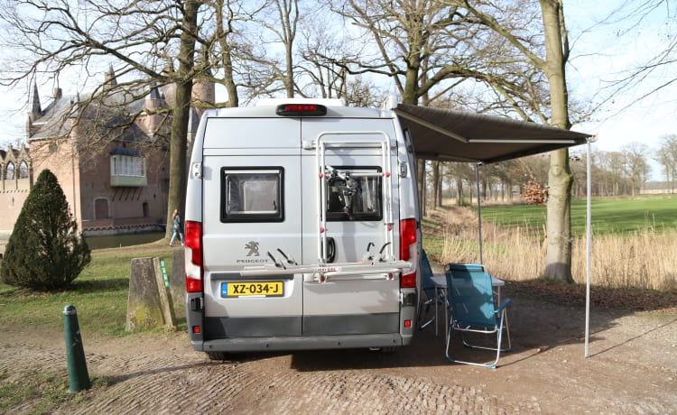 Roja – Spacious and luxurious double camper