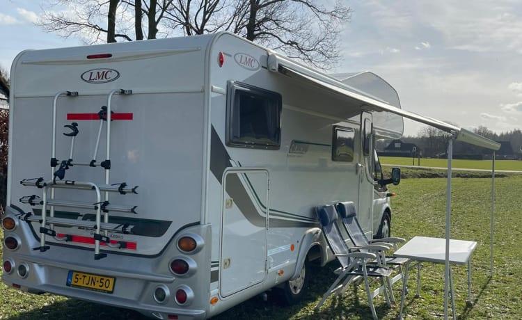Complete Camper voor 6 personen (Luxe)