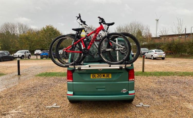 Peggy – VW Campervan perfect voor elk avontuur!
