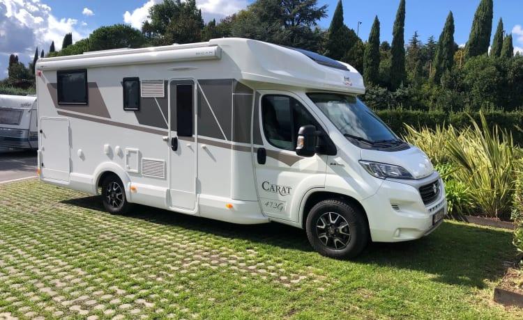 New Luxury Family motorhomes MC LOUIS CARAT 473 5 persons