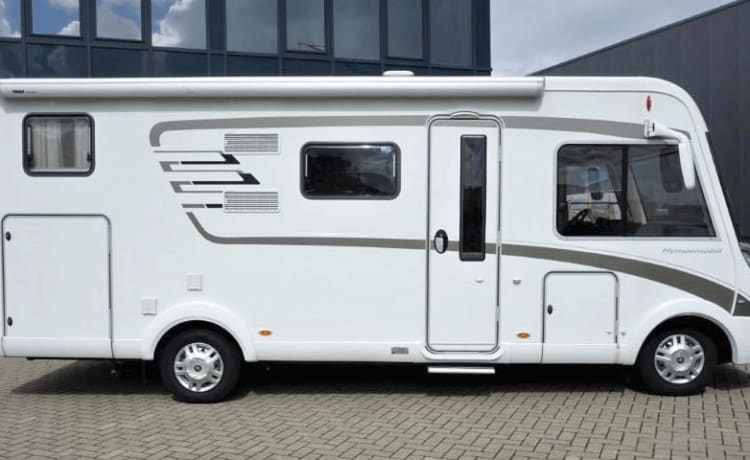 Hymer 578 – Spacious family Camper