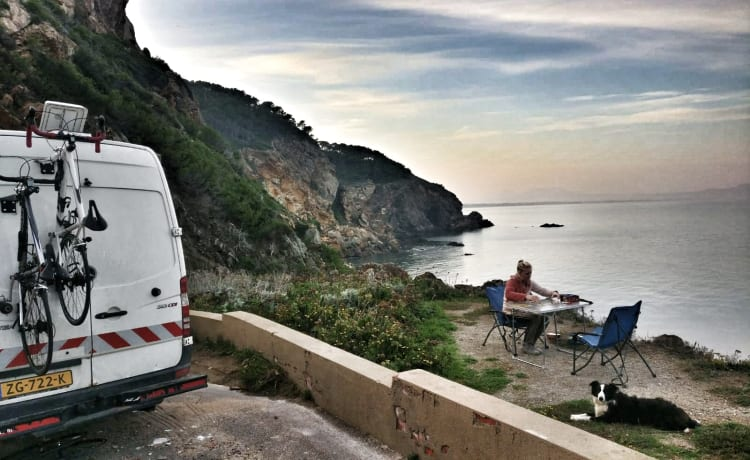 Ben – On an adventure with a reliable 2 person camper