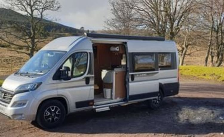 The ideal, fully insured van for the perfect driving adventure in the UK.