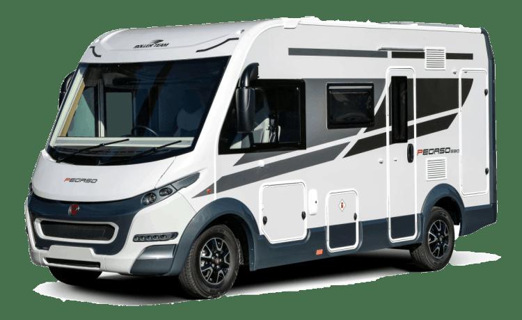 Betty – Rollerteam Pegaso 590. Nieuwe 2020 luxe A-klasse. 4 slaapplaatsen.