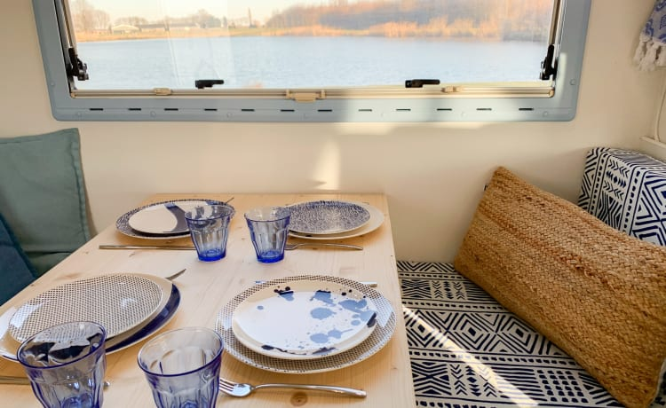 Miss Kalokari – Rent the coolest camper in the Netherlands now! 🚐