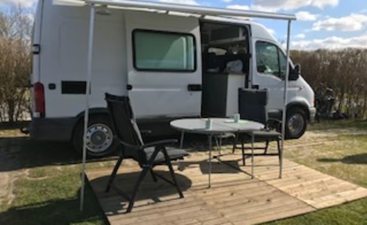 SUBA – Orgogliosi proprietari di camper SUBA autocostruiti molto completi e accoglienti