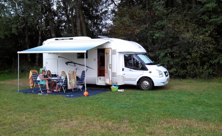 Camper Vibes – Sailer 18 (4 + 2 persons)