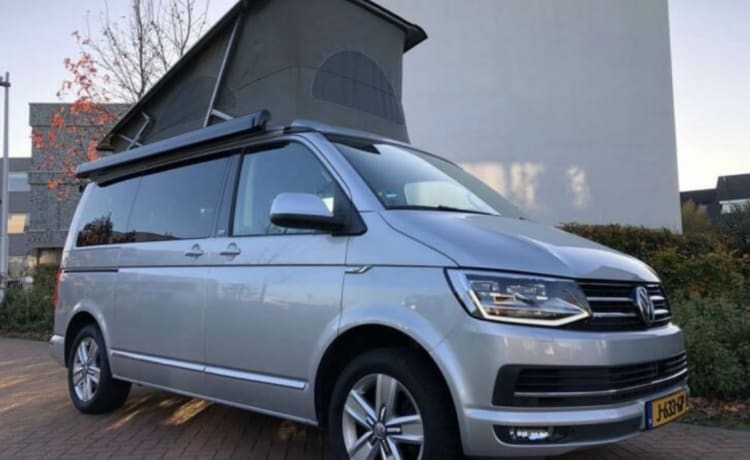 The Beach  – VW t6 California Beach version automatic, ultimate camping experience