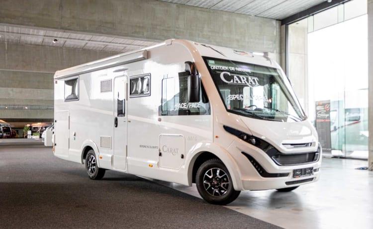 Volledige nieuwe camper – New Luxury Family motorhome MC LOUIS CARAT 881 4 persons