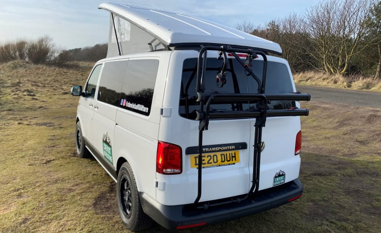 Flint – VW T6.1 Adventure Campervan 2020