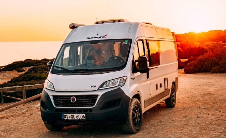 Perfecte compacte 2-persoons 2020 zeer comfortabele campervan om te toeren