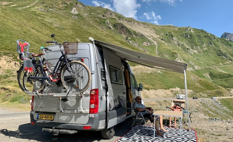 Family-Friendly Trendy Campervan Perfect for All Seasons