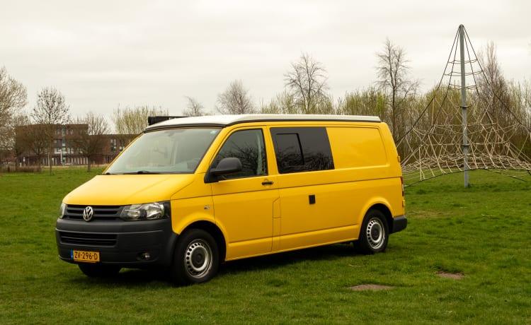 Yellow Submarine – Camper bus VW T5 Extended - Proprio come un'auto