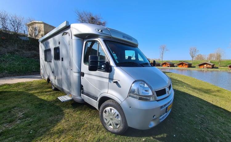 Duo Traveller – Ruime camper voor 2 personen met 2 aparte bedden