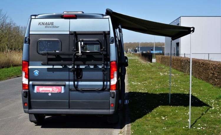 Campito. – Compact and comfortable camper