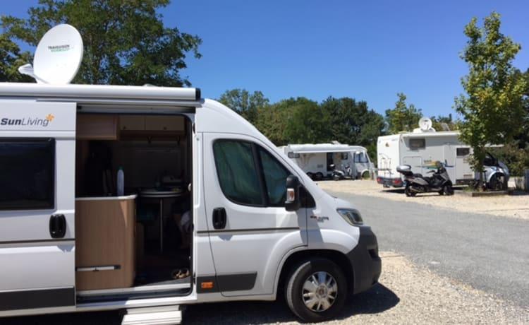 Super nice and complete bus camper Sunliving Flexo SLX
