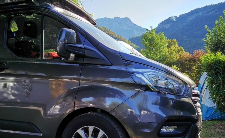 Mighty Five – Noleggia un camper Ford Nugget tramite Goboony (185 HP, anno 2020, Westfalia)