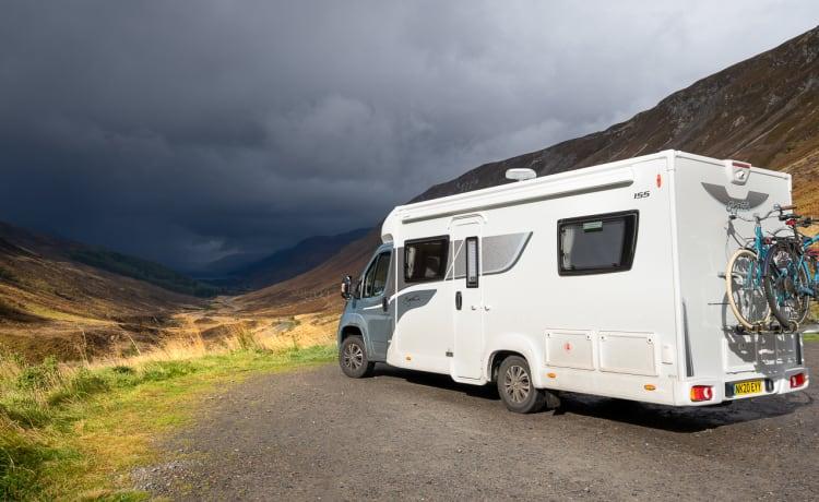 Northern Motorhome Adventures - Elddis 155 voor 4 slaapplaatsen