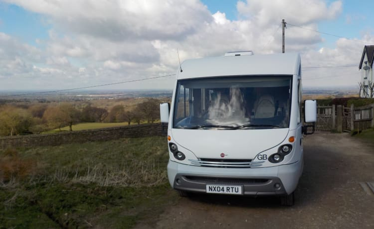Bertie – Glampervan. Our spacious A Class with a real bed and huge garage