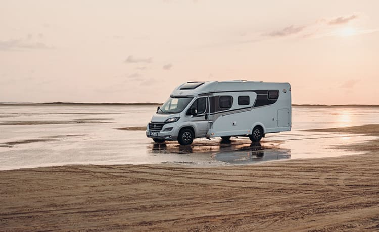 Luxe 2 persoons camper – Carado T447 Dreamliner
