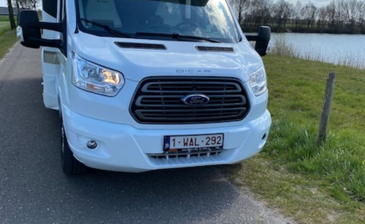 (AIRCO)Luxury camper Benimar 497 full option / 170 HP Automatic