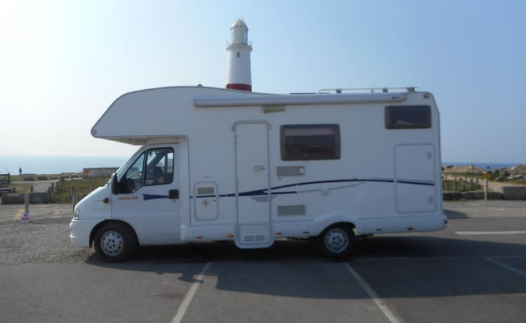 EASY 5 MOTORHOME HIRE JUST TURN UP AND GO