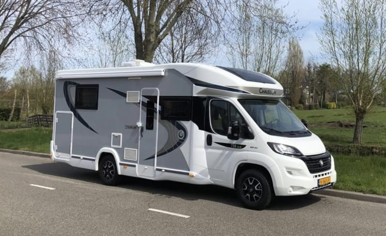 Super cool Camper Fiat with CHAUSSON body