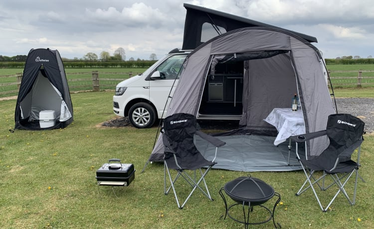 The Adventurer  – The Adventurer VW T6 4 berth Campervan - Automatic