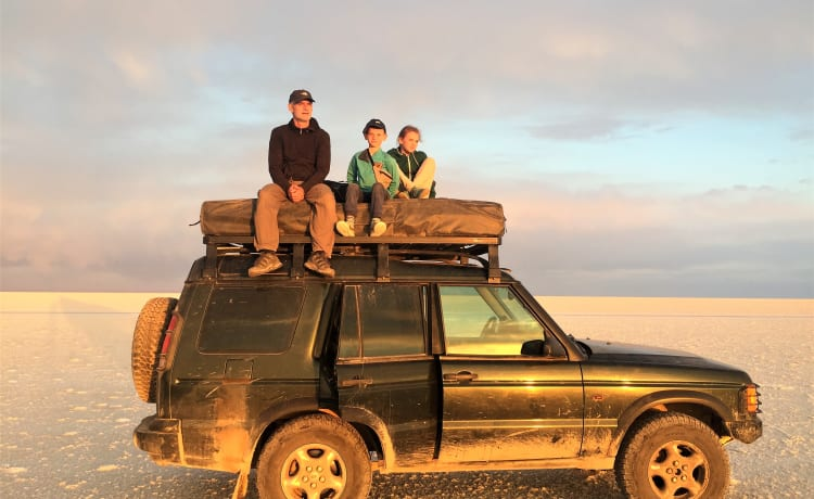 'Onzen Disco' – Landrover Discovery with roof tent