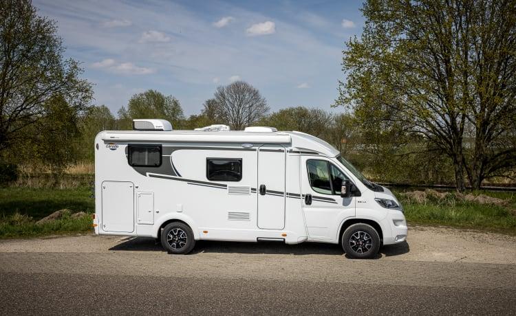 luxe top camper – Carado V337