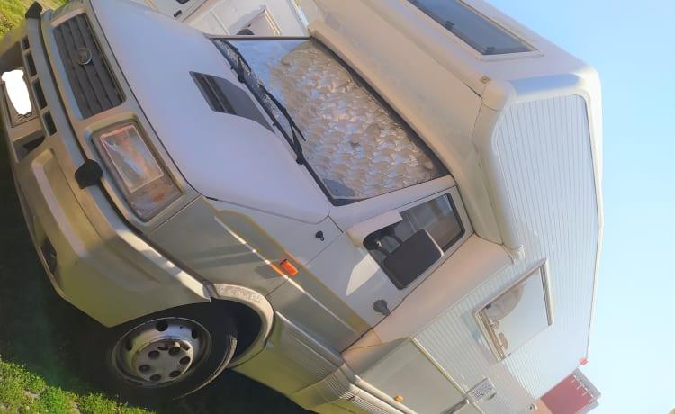 Laika Ecovip 6 – Comfortable family camper