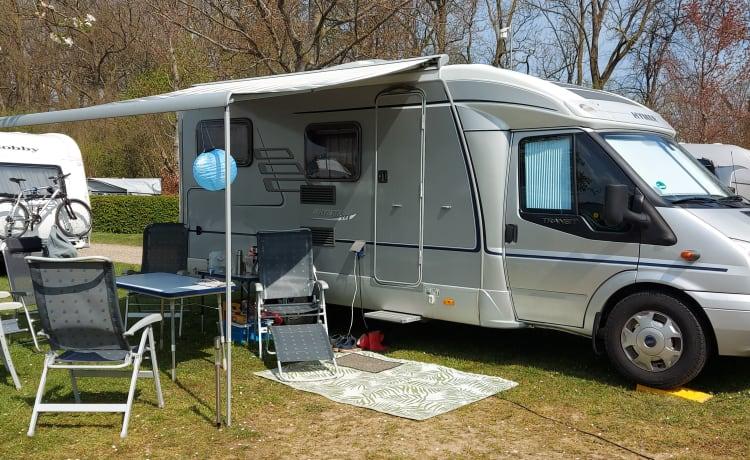 Ford – Hymer te huur, mooie complete camper met lengte bedden!!