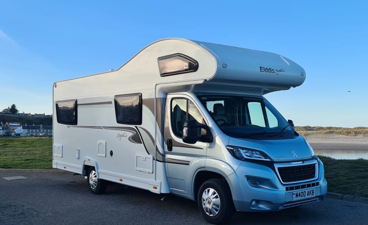 The Highlander – Clean, modern and fully equipped/insured 6 berth Motorhome